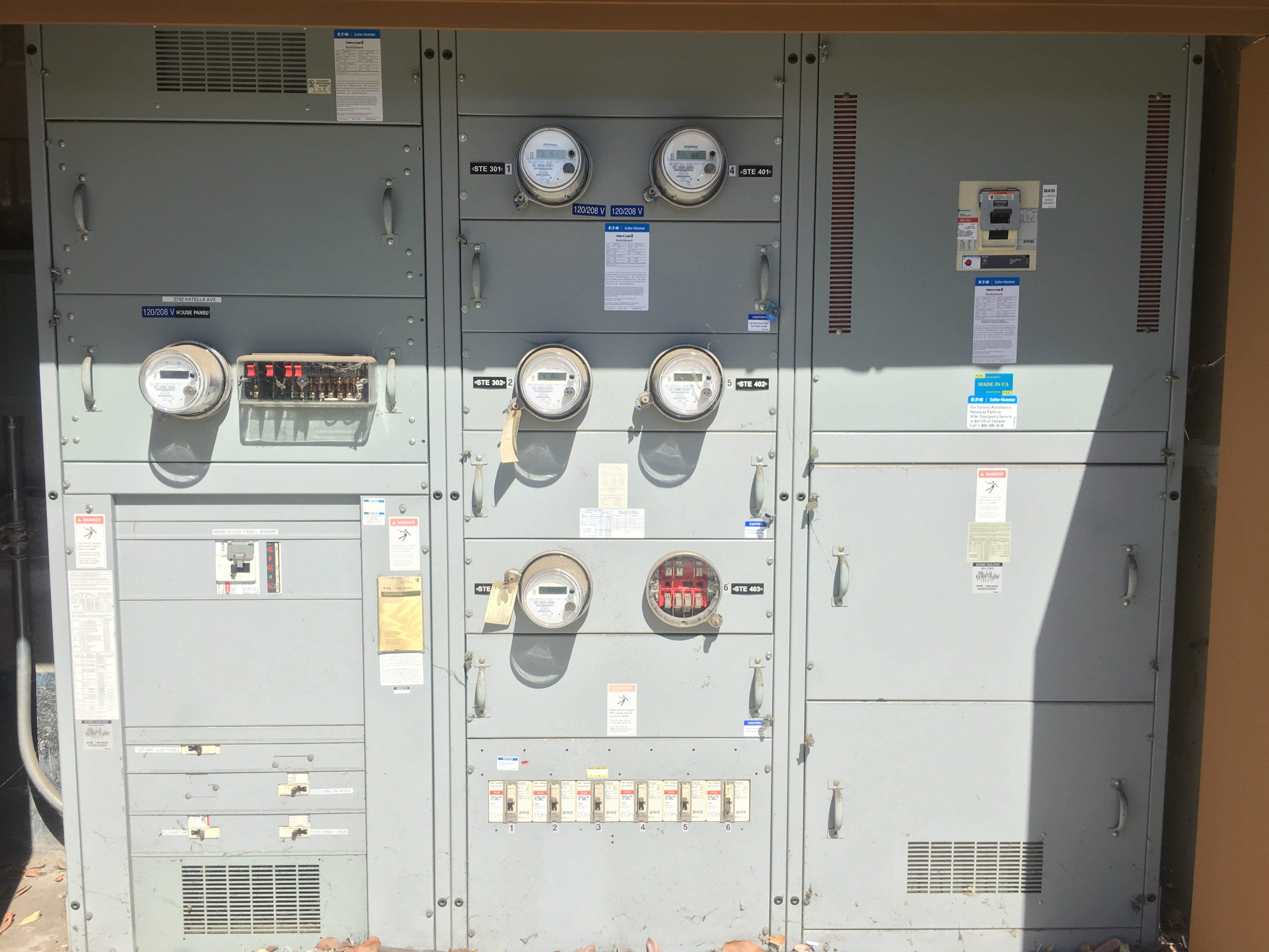 Commercial Electricians - Leone Electric